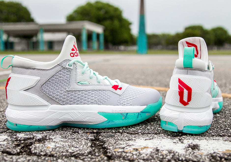 super popular fc42a 3a71a adidas D Lillard 2 PDX Carpet Release Date  SneakerNews.com
