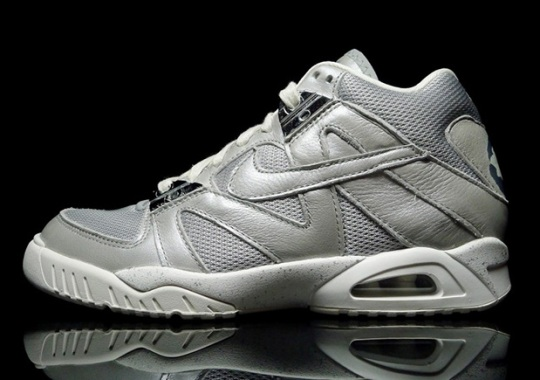 "Nike Air Tech Challenge III ""Metallic Silver"""