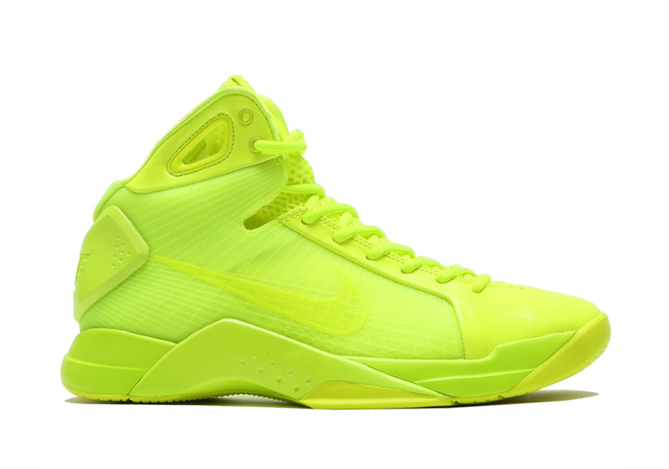 044168b01e3d Nike s Original Hyperdunk From 2008 Is Returning In Bright Neon ...