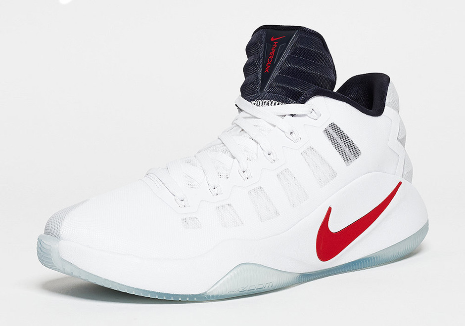 newest 95047 c9f5f Nike Hyperdunk 2016 Low