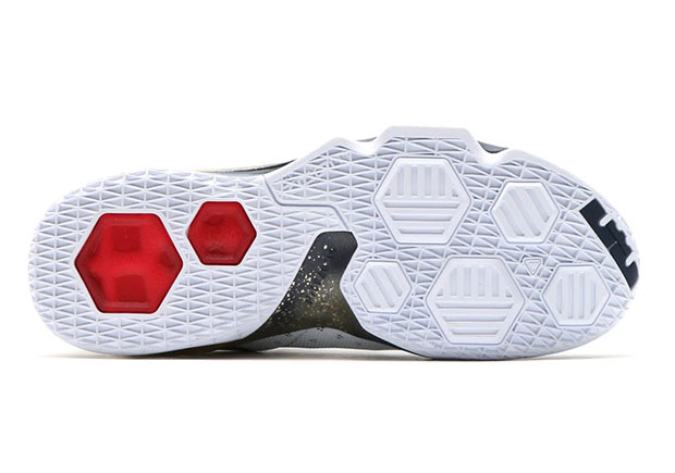 51fcae5d8197 Nike LeBron 13 Low USA 831926-164