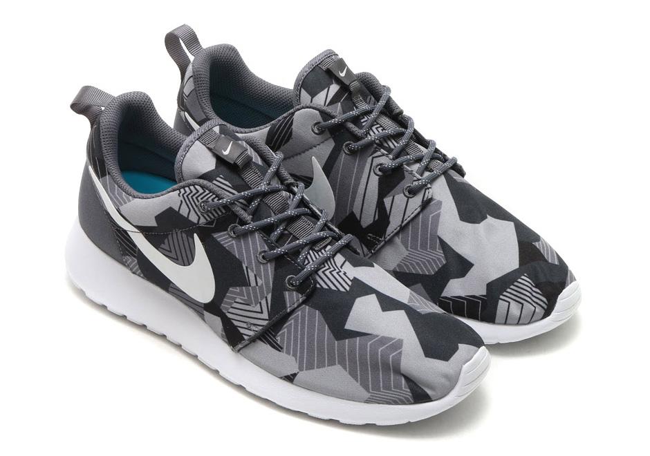 Nike Roshe Run Print