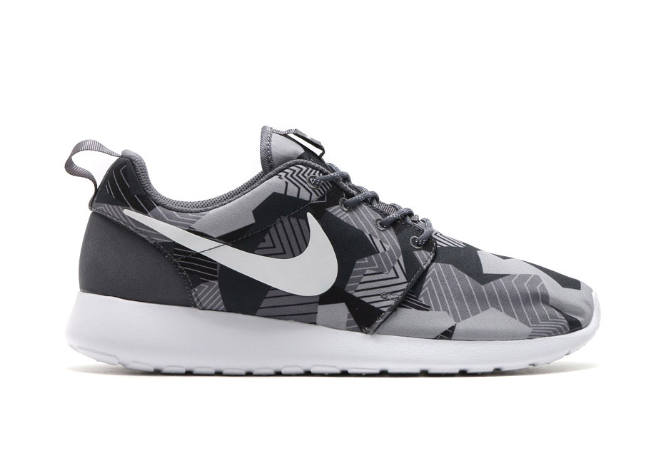 Nike Creates A New Style Of Camo Print For The Roshe One