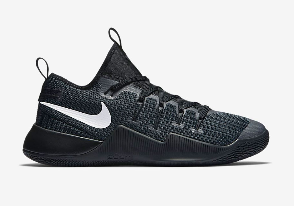nike zoom low cut shoes