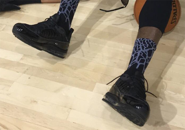 c1032882425 LeBron Wears Supreme x Nike Air Max 98 To Game 5 NBA Finals Practice ...