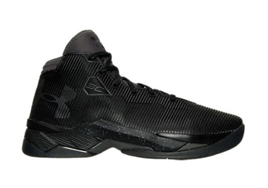"Under Armour Releases A ""Triple Black"" Curry 2.5"