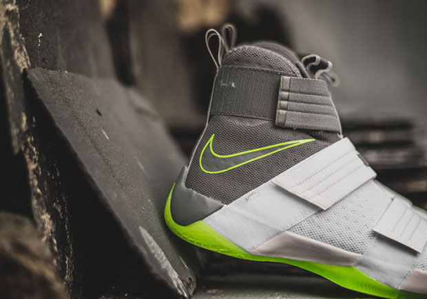 "415eb4426072 ... Nike LeBron Soldier 10 ""Dunkman"" Nike LeBron Soldier 10 White Grey Green  ..."