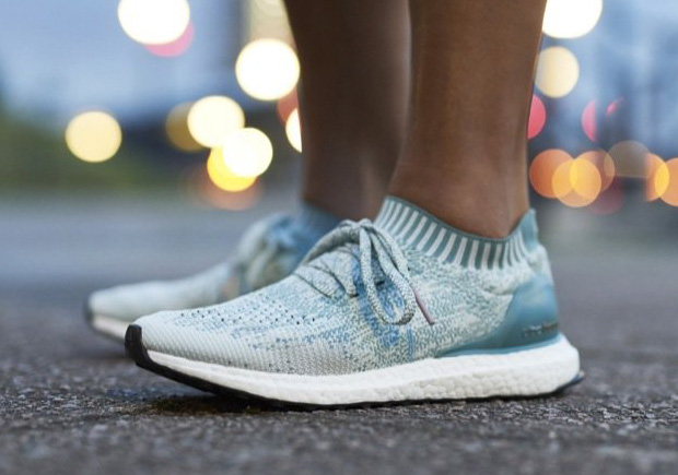 014345b553290 Aqua Blue Accents On The Next Kolor x adidas Ultra Boost Uncaged ...
