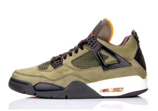 Here's Proof That People Are Still Paying Ridiculous Money On The UNDFTD Jordan 4