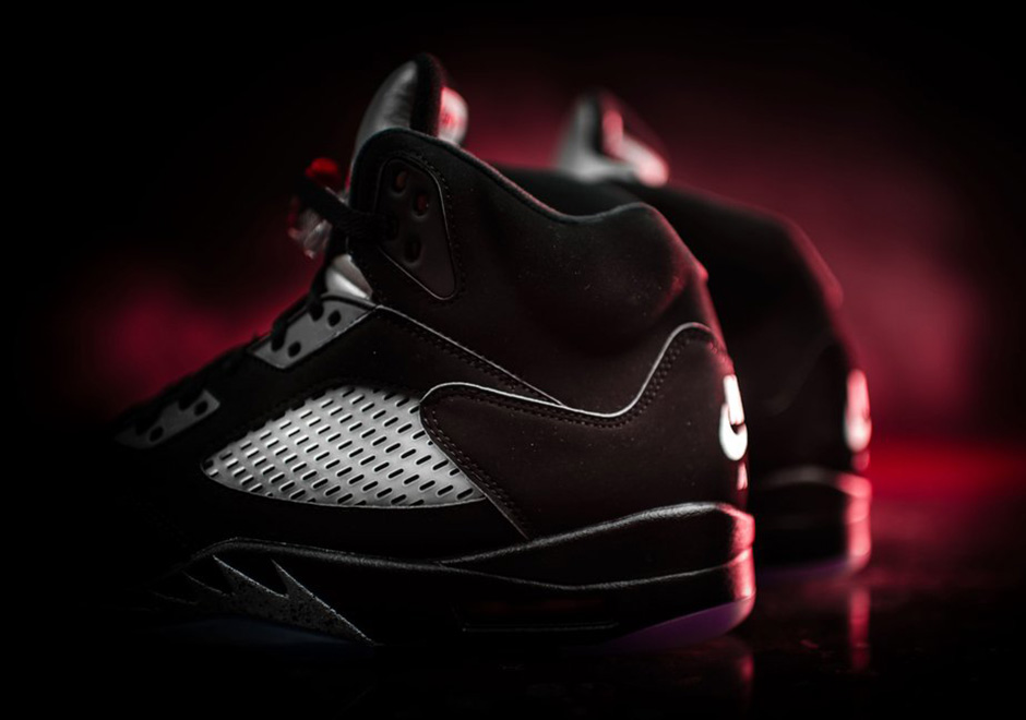 d1fcb1bf0cb7 Color  Black Fire Red-Metallic Silver-White Style Code  845035-003. Release  Date  July 23