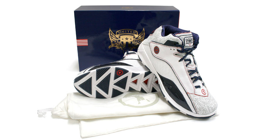 d wade converse shoes