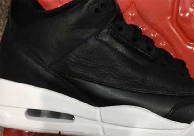 Cyber Monday Jordan 3 Retro | SneakerNew.com