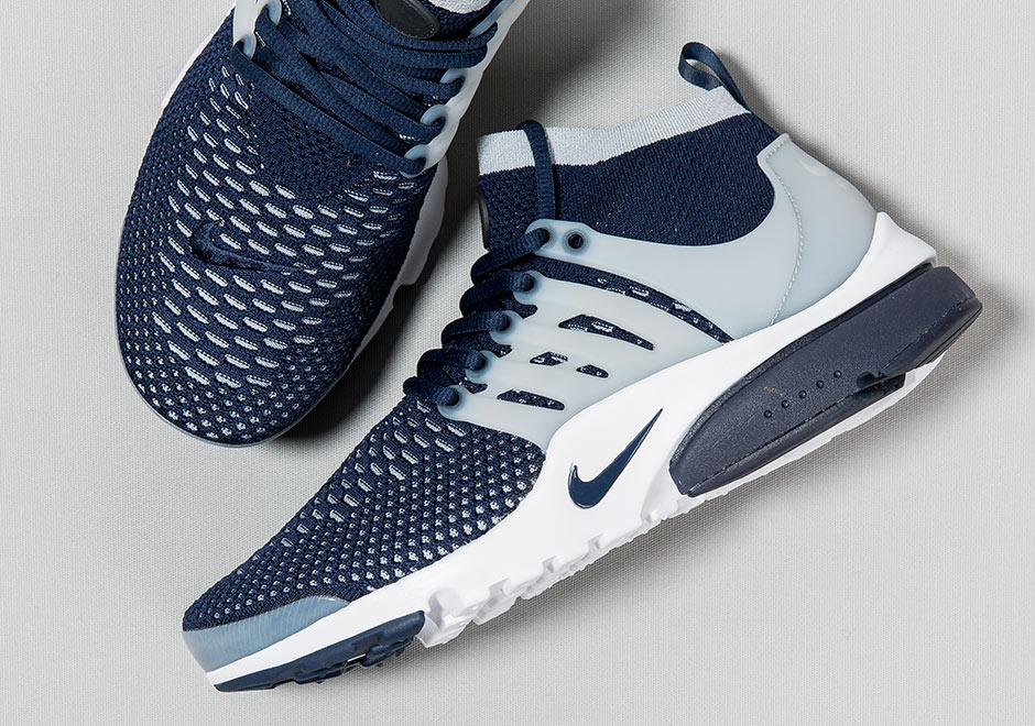 6887432cf416 Nike Air Presto Flyknit Ultra. Color  College Navy College Navy-Wolf ...