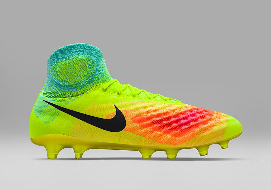 buy popular 1c6f1 3d806 magista football boots