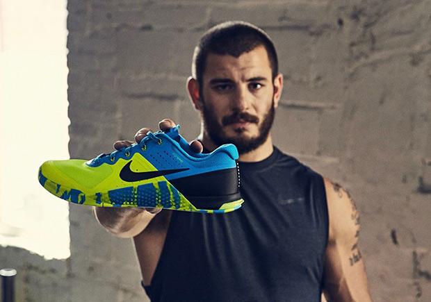 Nike Metcon 2 Blue Glow