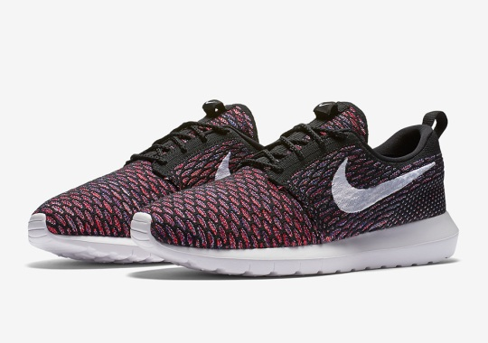 "Another ""Multi-Color"" Pattern Hits The Nike Roshe Run Flyknit"