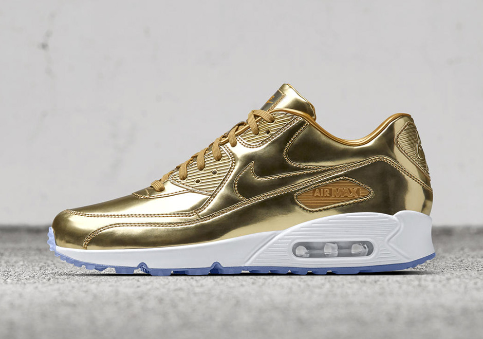 NIKEiD Metallic Gold Olympic Options |