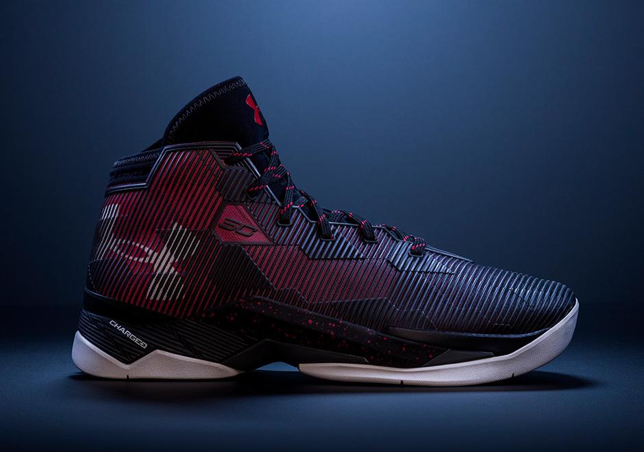 Sous Les Chaussures De Basket-ball Armure Curry 2.5 85nJoHXAB