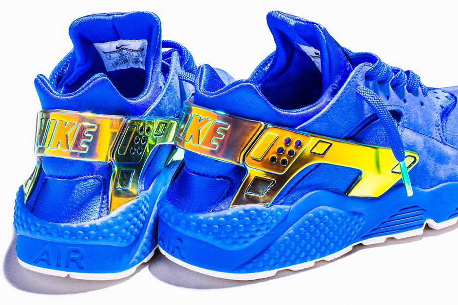 pretty nice 27464 21f33 Undefeated x Nike Air Huarache