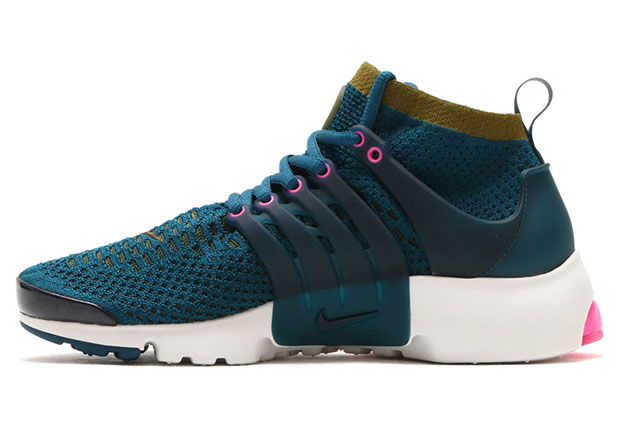 ecc517d0678d Nike WMNS Air Presto Flyknit Ultra. Color  Midnight Turquoise Olive Flak-Pink  Blast-Summit White Style Code  835738-302. Advertisement