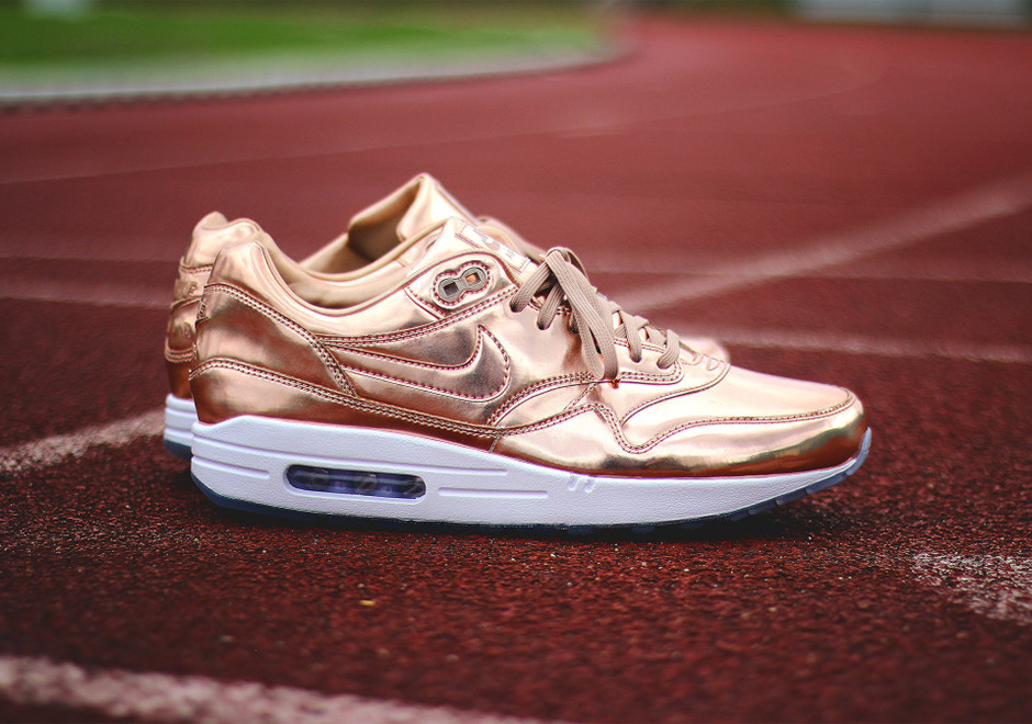 new concept 7aee4 18ebf NIKEiD Air Max 1 Olympic Medals Metallic Gold Silver Bronze   SneakerNews.com