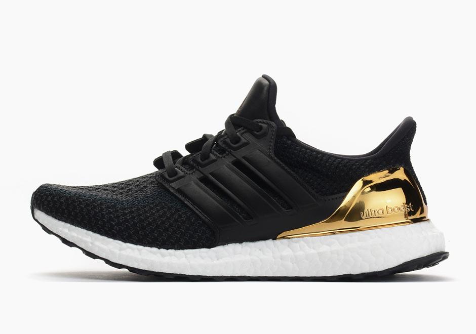 966f9091e39 adidas Ultra Boost Gold BB3929