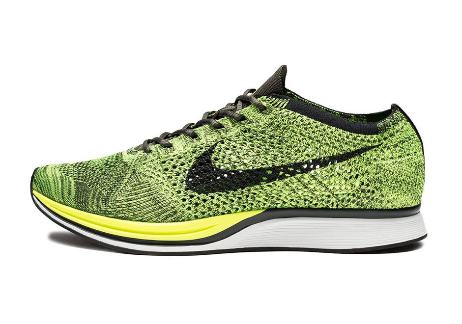 ... black green Nike Flyknit Racer ...