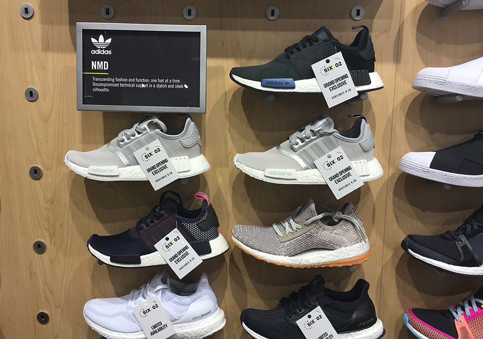 14a486d1b410b5 Foot Locker 34th St. Store