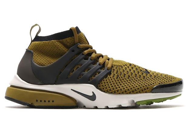 Nike WMNS Air Presto Flyknit Ultra. Color: Olive Flak-Black-Light Bone  Style Code: 835570-300