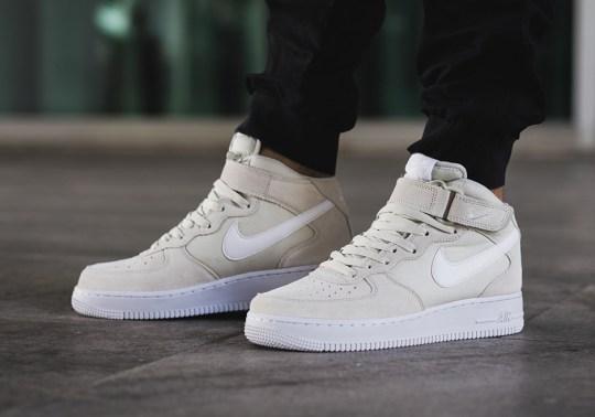 "Nike Air Force 1 Mid ""Light Bone"""