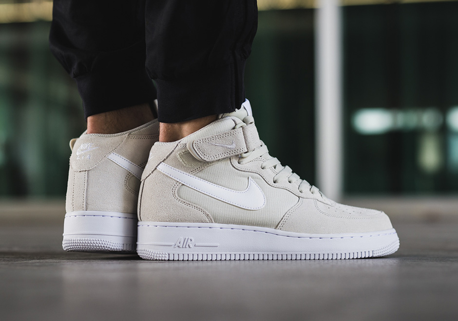 df4db1a78e576 Nike Air Force 1 Mid Light Bone 315123-034