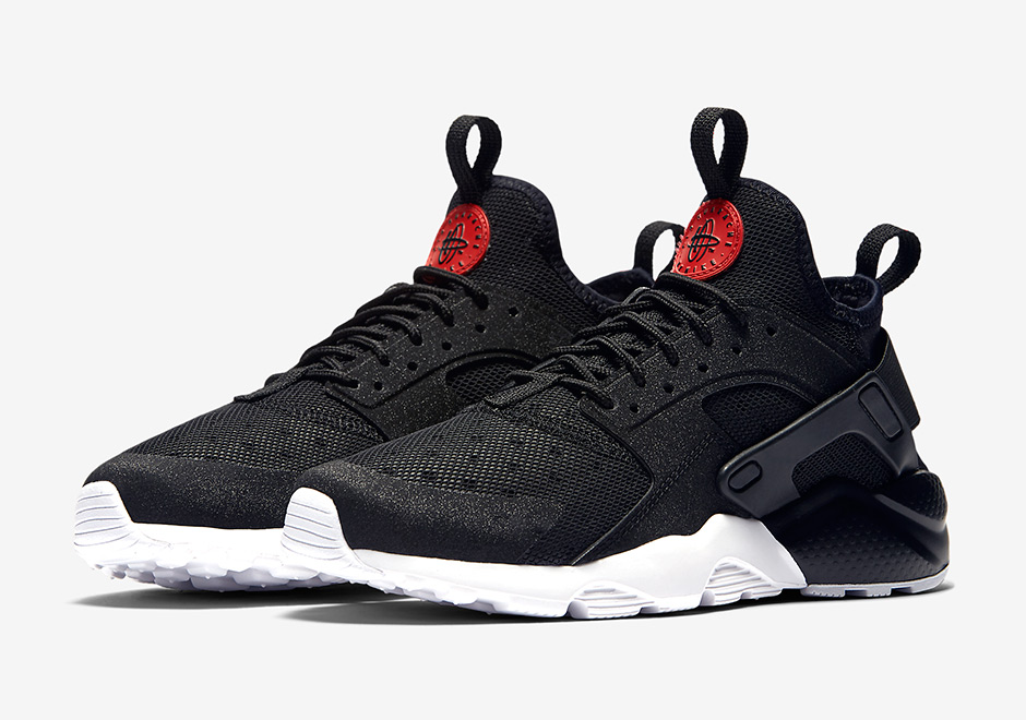 red and black nike huaraches