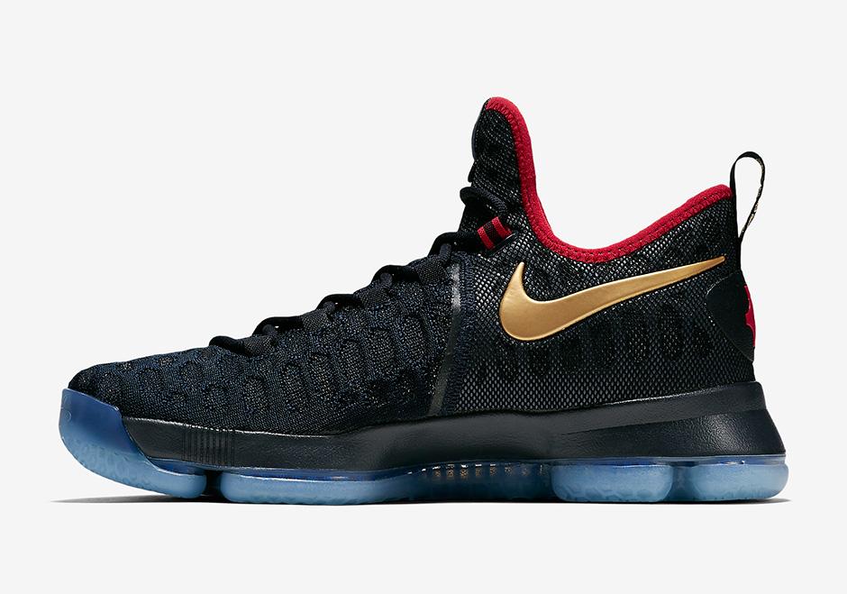 "Nike KD 9 ""Gold Medal"""