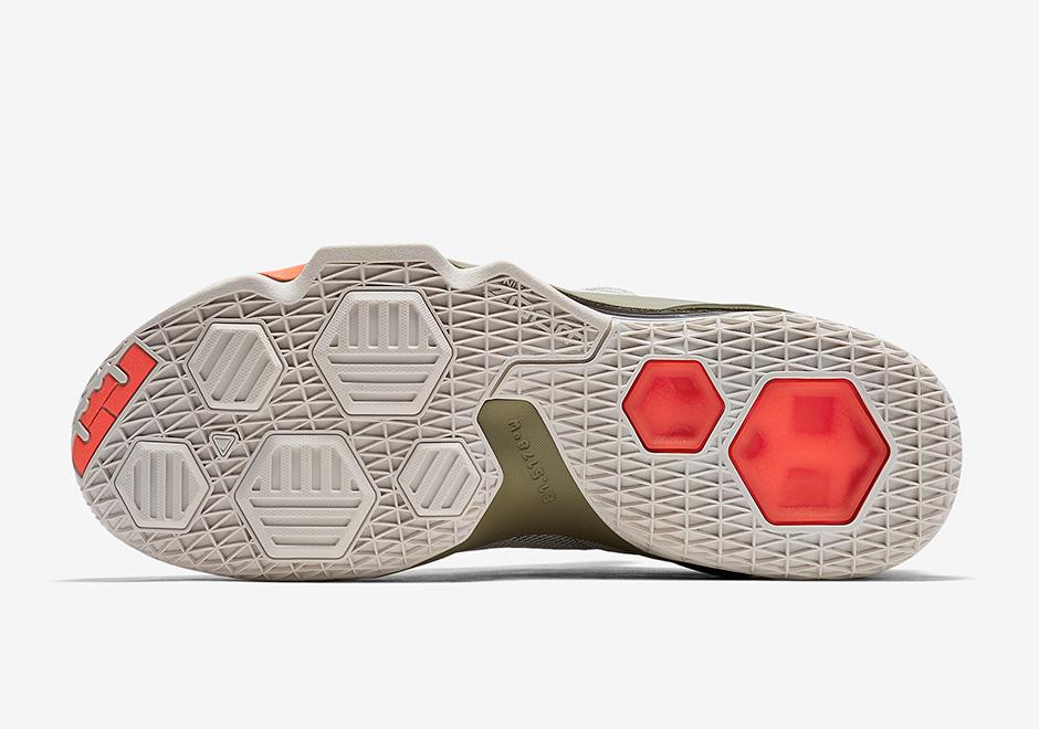 c488899a2a6 Nike Lebron 13 Low PRM 849783-002