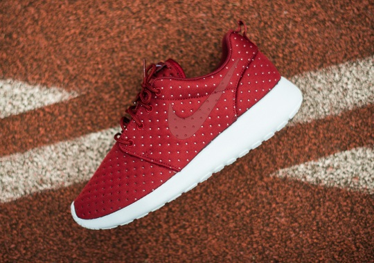 "Nike Roshe Run ""Pin Dot"" Pack"