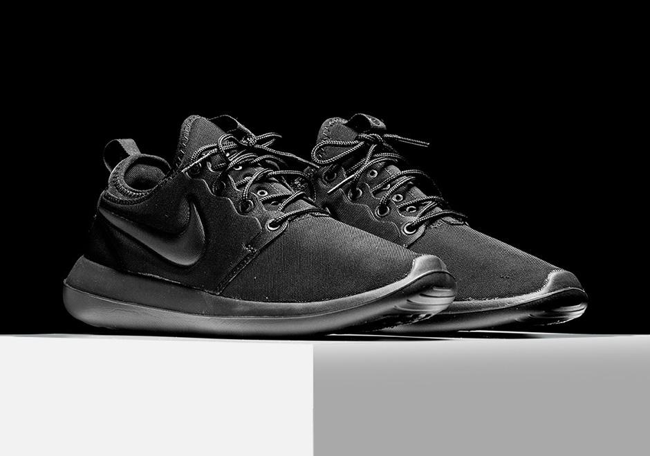 1d91865eada6 Mens Womens Nike Roshe Two Flyknit Black Photo Blue Volt Black