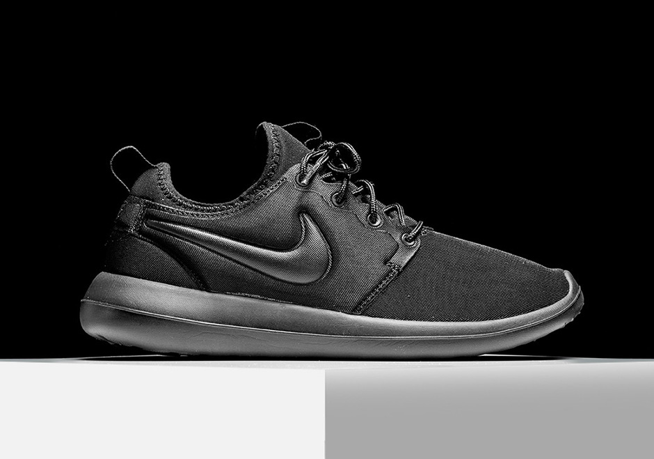 best website 7d5c2 82aa5 Nike Roshe Two Triple Black 844656-001 | SneakerNews.com