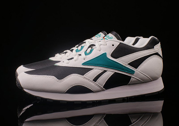 reebok retro running shoes