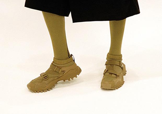 Peregrino Silla preferir  HYKE adidas SEEULATER Collection | SneakerNews.com