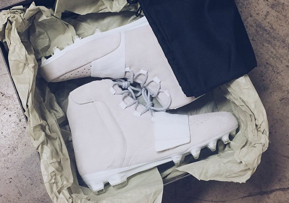 Cruel por ejemplo Espacio cibernético  Yeezy Boost NFL Football Cleats | SneakerNews.com