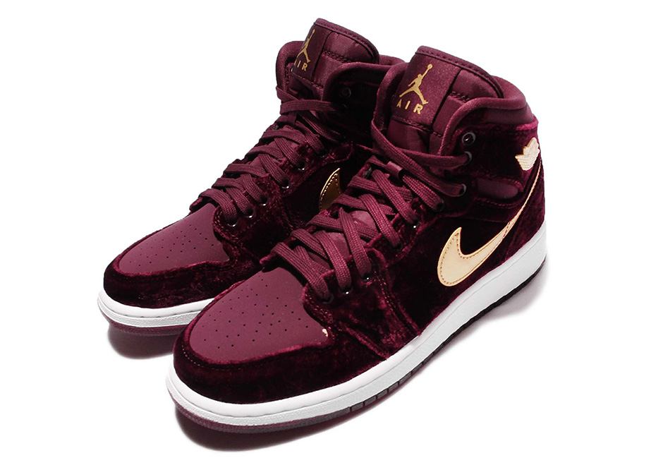 Air Jordan 1 Heiress Velvet 832596-640  77bc65acb