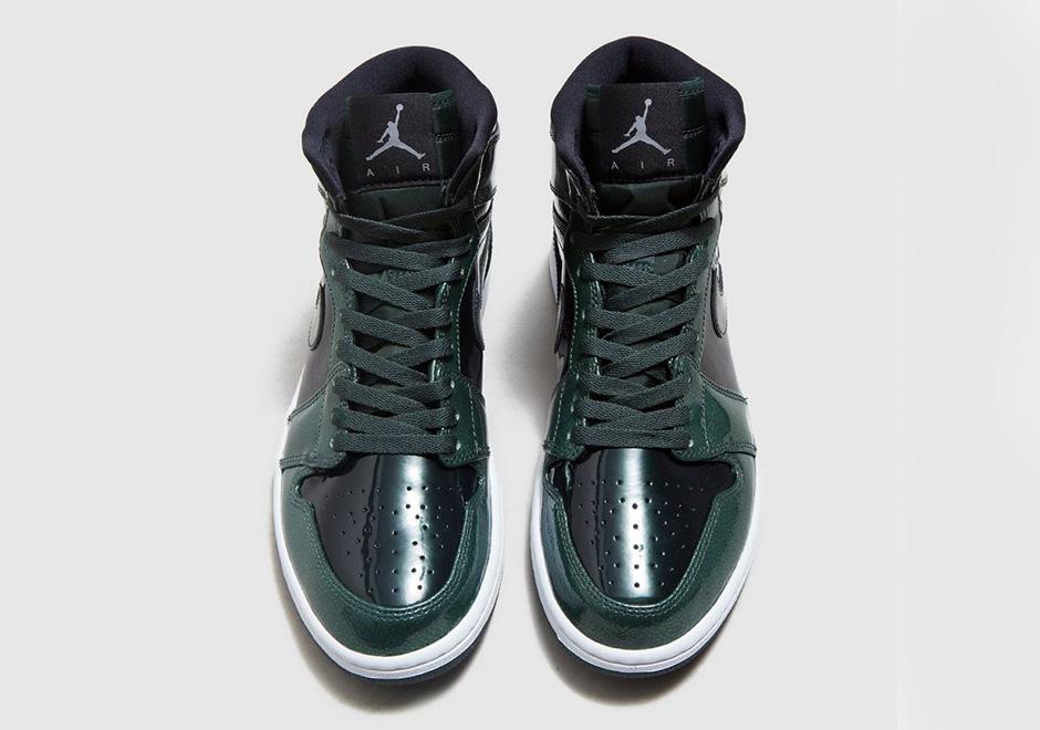 "Air Jordan 1 High ""Grove Green"". Color  Black Grove Green-White Style Code   332550-300. Price   160 9c67822a52"