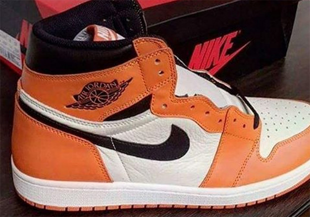 "da3f98064328b8 The Air Jordan 1 Retro High OG ""Reverse Shattered Backboard"" Releases In  October"