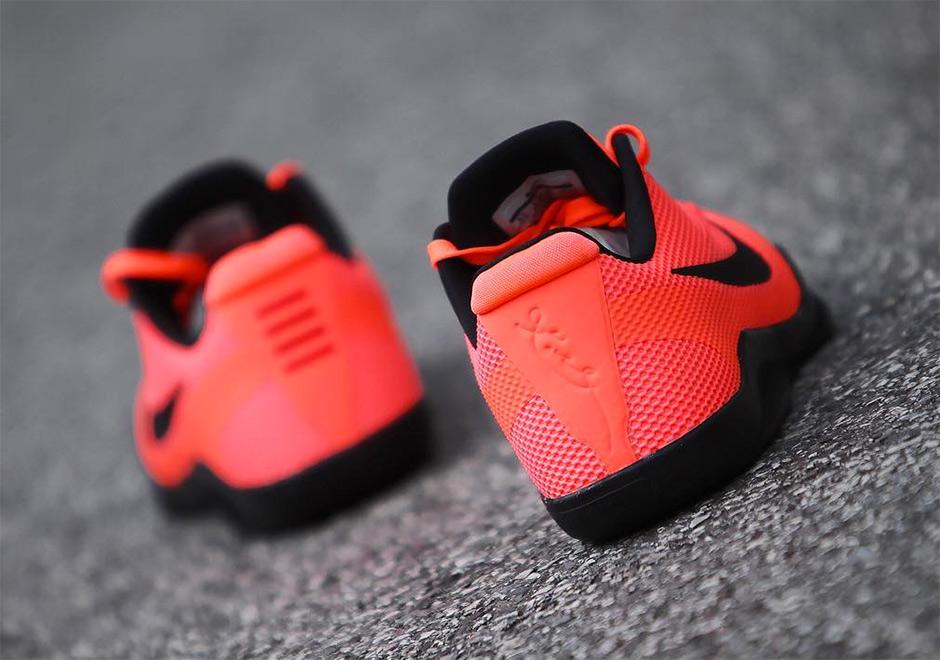 40b74de4eccd76 Nike Kobe 11 Barcelona
