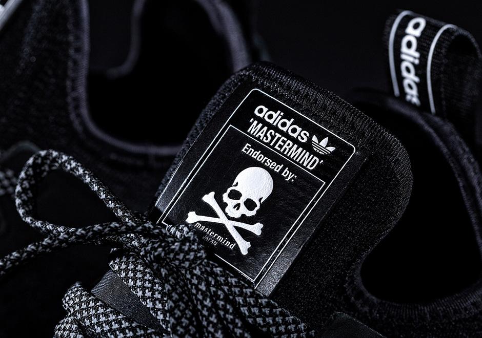 adidas tubular japan