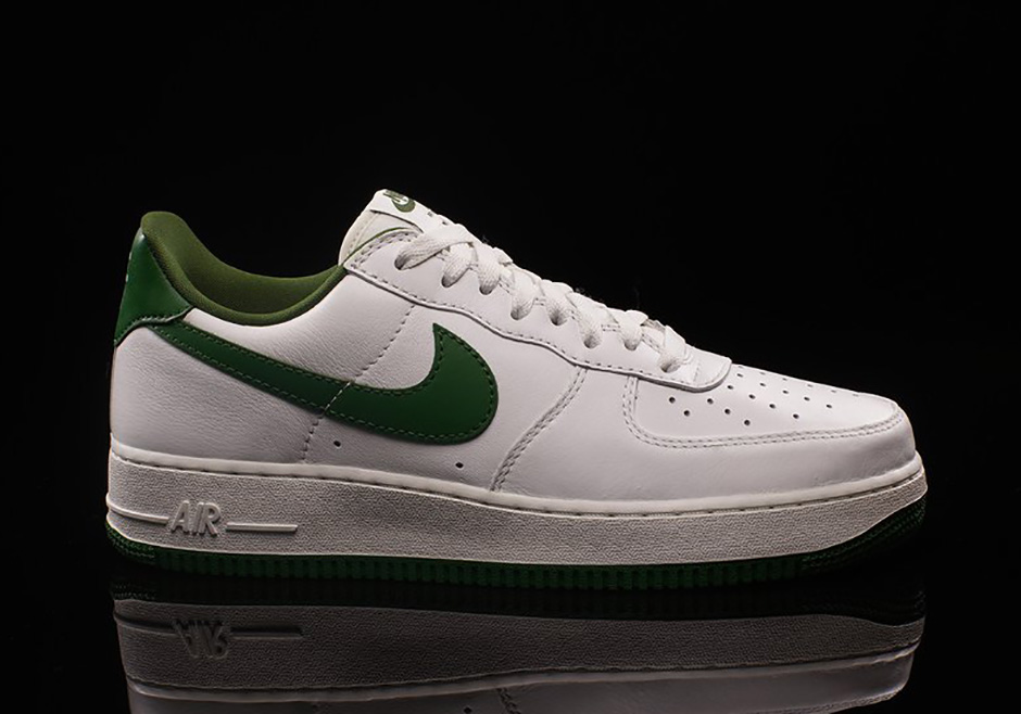 Nike Air Force 1 Low Lucky Green