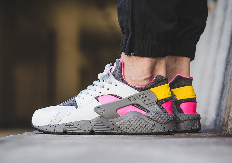 nike air huarache acg grey pink 852628 002 sneakernewscom - Nike Huarache Colors
