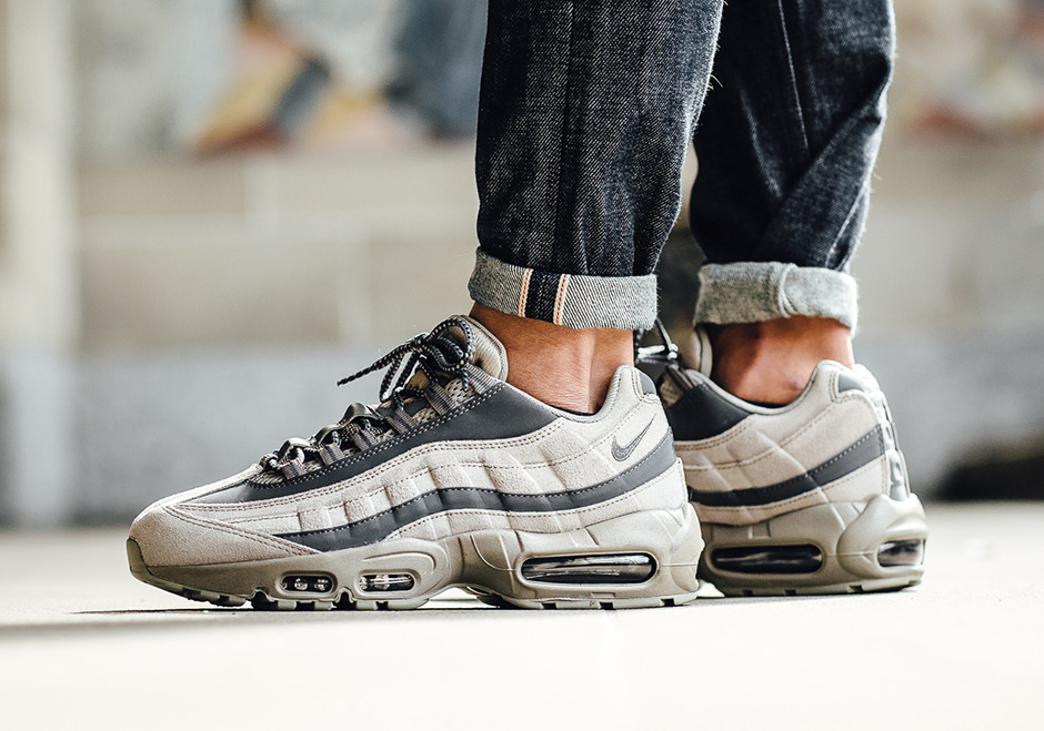 "Nike Air Max 95 ""Light Taupe"""