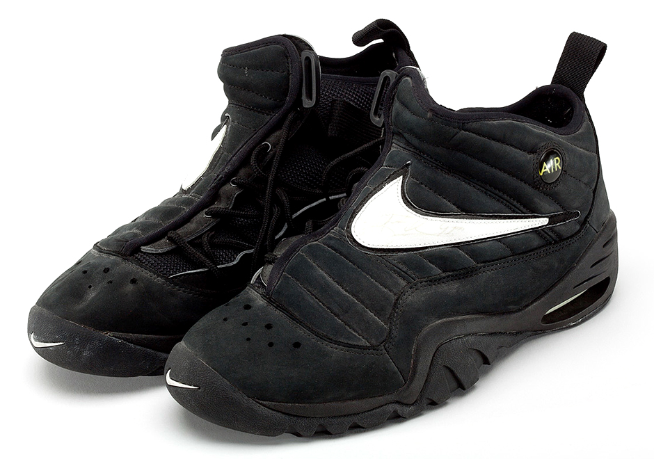 Dennis Rodman's Nike Air Shake NDESTRUKT Will Retro in 2017 -  SneakerNews.com