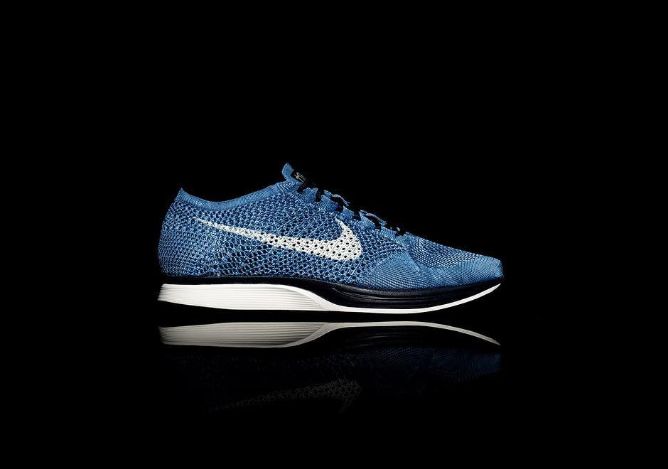 868038cd698c A Closer Look At The Nike Flyknit Racer